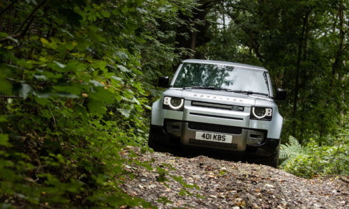 2021 Land Rover Defender 90 уже в продаже